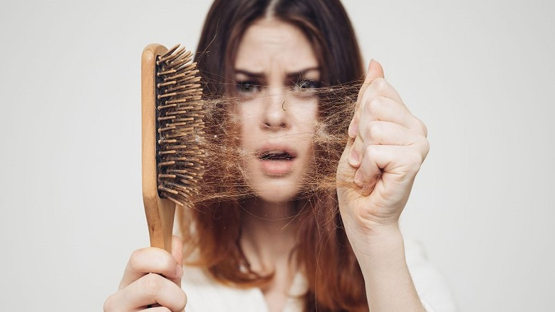 کاشت مو در اصفهان - راهکار های طبیعی جلوگیری از ریزش مو