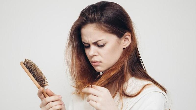 ریزش مو در زنان و دختران جوان | کاشت مو در اصفهان